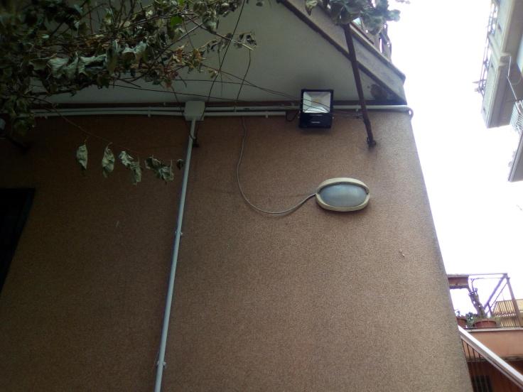 Plafoniere A Led Per Scale Condominiali : Plafoniere lampade led per negozi uffici casa u2013 ld solutions